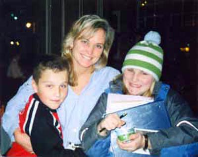 Cathy Horton with children Rachel and Charlie